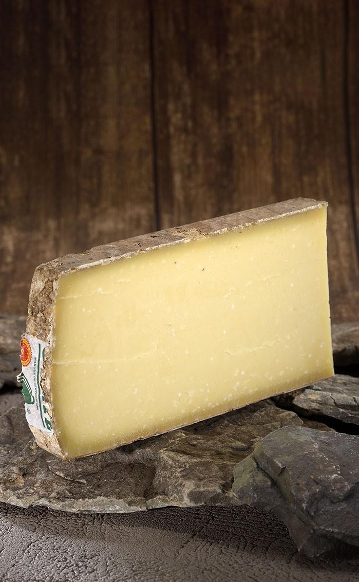 c1bfb81e76e29 Comté affiné 36 mois - vache - Fromagerie Pouillot affineur